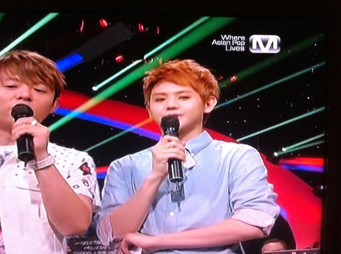 Watched the Korean channel on my aunt's tv in Dallas for the first time & saw Yoseob hosting  (。♥‿♥。)