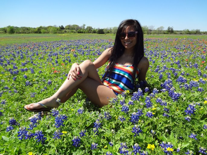 & took photos in the bluebonnets :D